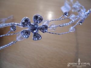 Bianco Evento - Headband souple orné de fleurs en verre strass et fil argenté