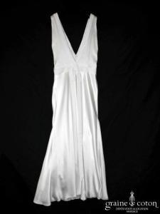 Delphine Manivet - Robe longue fluide en satin et crêpe de soie (taille basse bretelles dos-nu dos-V)