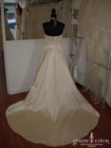 Lucas Borgèse - Robe de mariée et sur-traîne amovible (satin)