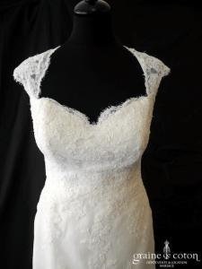 White One - Janina (dentelle coeur bretelles dos boutonné sirène dos-nu)