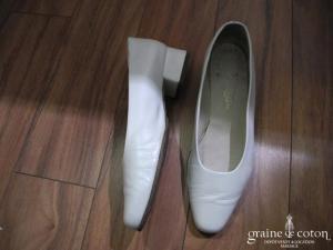 Cymbeline - Escarpins (chaussures) en cuir ivoire