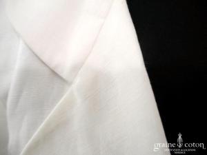 Agnès B - Veste longue en lin blanc
