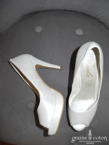 Carla Selvone - Escarpins (chaussures) ouvertes ivoires nacrées