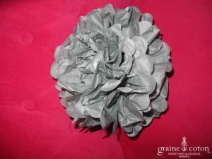 Fleur grise à déplier en papier façon pompom