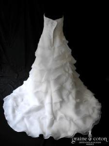 Alexis Mariage - Robe drapée en organza volanté ivoire (coeur)