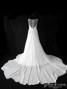 Susanna Rivieri - Création en mousseline drapée ivoire (fluide bretelles tulle dos-nu dos-V dos boutonné)