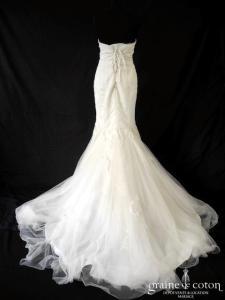 Divina Sposa - Robe sirène en dentelle ivoire (coeur laçage tulle bustier)