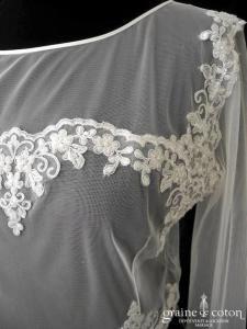 Bianco Evento - Boléro en tulle et dentelle brodée (dos boutonné)