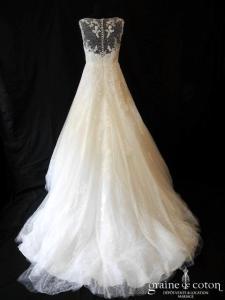 La Sposa pour Pronovias - Elina (tulle dentelle coeur fluide bretelles dos boutonné princesse taille basse A-line dos-nu plumetis), jupon inclus