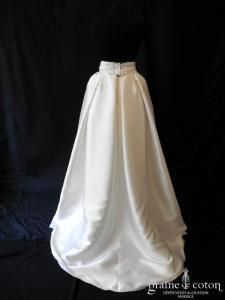 Rosa Clara - Jupe Cordoba (mikado de soie noeud princesse dos-nu manches bretelles poches)
