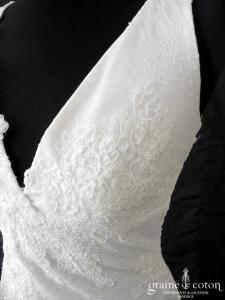 Cymbeline - Indou (dentelle bretelles dos-nu dos boutonné sirène décolleté-V)