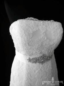 La Sposa pour Pronovias - Inneca (bustier princesse A-line dentelle taille basse dos boutonné)