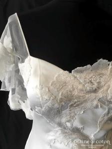 David Fielden - Modèle 8343 (dos-nu satin de soie dentelle bretelles manches fluide sirène taille basse)
