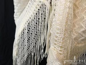 Écharpe / châle ivoire
