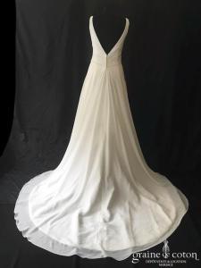 Maggie Sottero - Création en mousseline fluide taille empire (bretelles décolleté-V dos-nu dos-V dos boutonné)