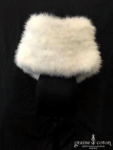Cymbeline - Étole / cape en duvet (plumes) de cygne