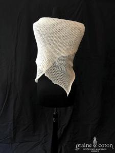 Châle rectangulaire en laine ivoire ajourée - fait main