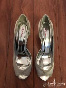 Rainbow - Escarpins (chaussures) Carrie en satin ivoire clair