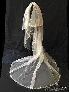 Pronovias - Voile long de 3,5 mètres en tulle bordé de pétales