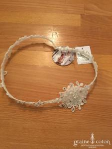 Bianco Evento - Headband bandeau fleur en dentelle et cristaux Swarovski (127)