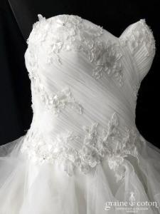 La Sposa pour Pronovias - Elema (bustier princesse laçage coeur drapé)