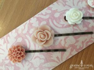 Création américaine - Lot de 5 pics à cheveux roses et ivoires