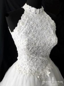 Création - Robe en dentelle et tulle blanc (dos-nu bretelles princesse)