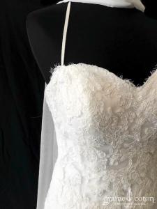 Avenue Diagonale - Robe bustier coeur en dentelle ivoire (taille basse bretelles coeur laçage tulle fluide)