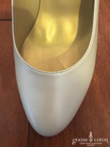 Linea Raffaëlli - Escarpins (chaussures) en cuir ivoire nacré