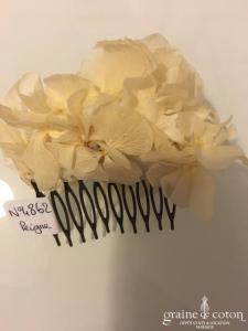 Les couronnes de Victoire - Peigne en pétales de fleurs stabilisées