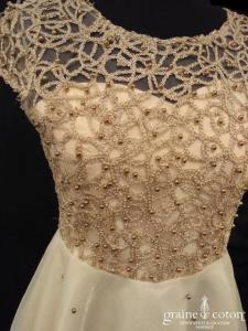Création - Robe courte en organza champagne (bretelles dentelle)