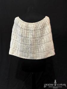 Création maison - Étole / cape en laine blanche irisée à nouer