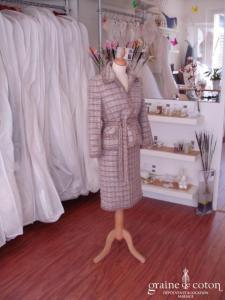 Albert Nipon - Tailleur jupe et veste parme (non stocké en boutique, essayage sur demande)