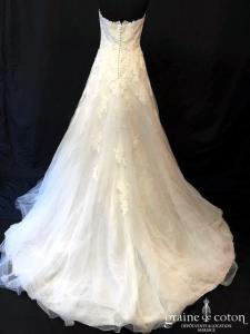 White One pour Pronovias - Jafit (bustier dentelle tulle fluide dos boutonné coeur taille basse)