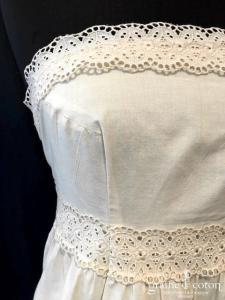 Delphine Manivet - Robe mi longue en coton et dentelle ivoire (courte bustier bohème champêtre)