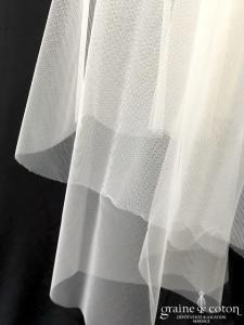 Margaux Tardits - Voile court en tulle souple ivoire bords bruts