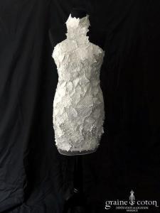Faust - Robe courte en dentelle et guipure ivoire (tour de cou bretelles)