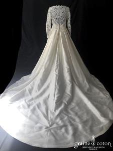Divina Sposa by Elianna Moore - Modèle 112/19 (mikado guipure dentelle princesse manches bretelles taille haute dos boutonné)