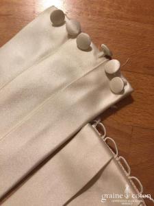 Galvan Sposa - Ceinture en satin ivoire à plis plats (dos boutonné)