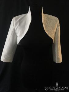 Boléro en mikado de soie ivoire clair avec dentelle et manches longues