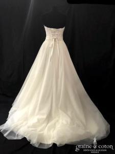 Priam - Robe bustier en dentelle et tulle ivoire (laçage taille-haute coeur fluide)