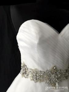 Mori Lee - Modèle 5276 (bustier coeur drapé tulle princesse taille-haute dos boutonné)