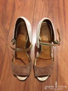 Chie Mahara - Sandales (chaussures) ouvertes en cuir et nubuck caramel et ivoire