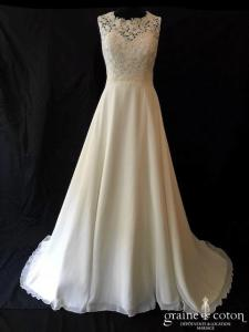 Bianco Evento - Joséphine (bretelles mousseline dentelle guipure bohème fluide taille-haute princesse A-line dos-nu dos boutonné)