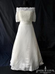 White One pour Pronovias - Janais (satin duchesse taille-haute A-line princesse bustier manches bretelles bateau dentelle)