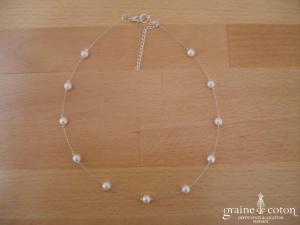 Au fil perlé - Tour de cou un rang perles nacrées blanches ou ivoires