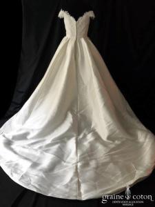 Rosa Clara - Emilia (bustier bretelles bateau taille-haute mikado princesse poches dos boutonné dentelle coeur)