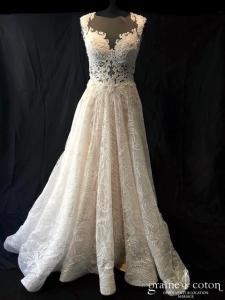 Milla Nova - Kamelia (princesse dentelle taille-haute bretelles dos-nu dos boutonné gaze tulle coeur)