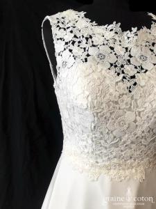 Bianco Evento - Joséphine modifiée dos nu (bretelles mousseline dentelle guipure bohème fluide taille-haute princesse A-line dos boutonné)