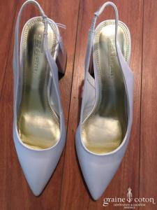 Assos - Escarpins (chaussures) en satin blanc